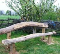 Rustikale Gartenbank sorgt für einmaliges Exterieur