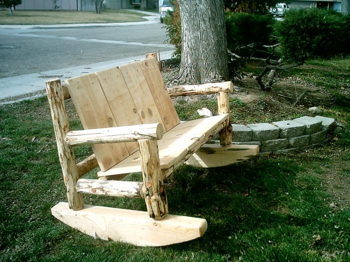 rustikale sitzmöbel wohnzimmer:Rustikale Gartenmöbel haben Charme ...