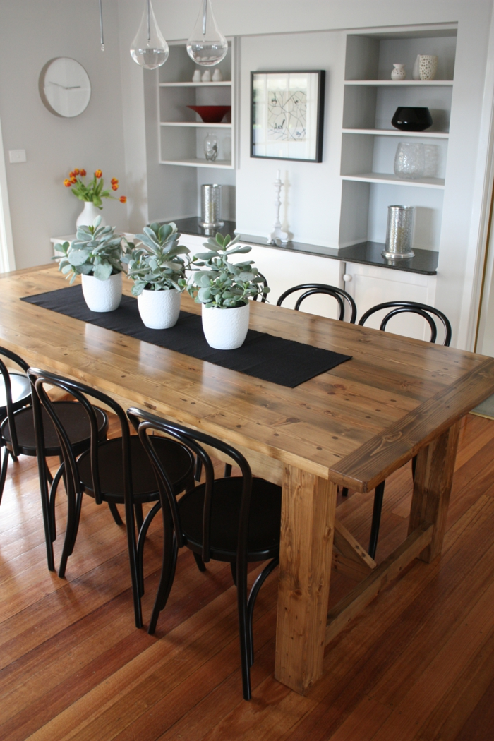rustikale tische sind eine originelle lösung für das moderne, Esszimmer dekoo