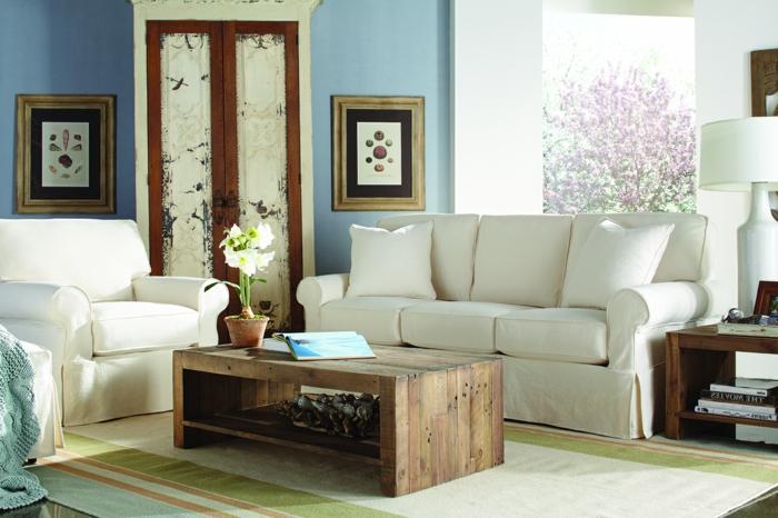 rustikale tische wohnzimmer weiße sofas rustikaler couchtisch
