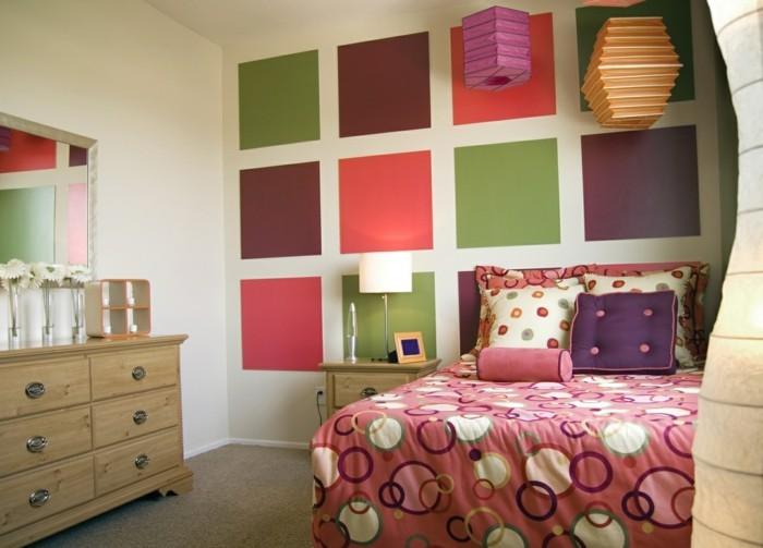 schlafzimmer einrichten bunte wandgestaltung und frische muster