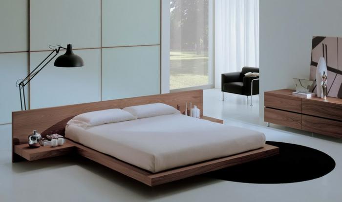 schlafzimmer einrichten ideen runder teppich elegante schlafzimmermöbel stehlampe