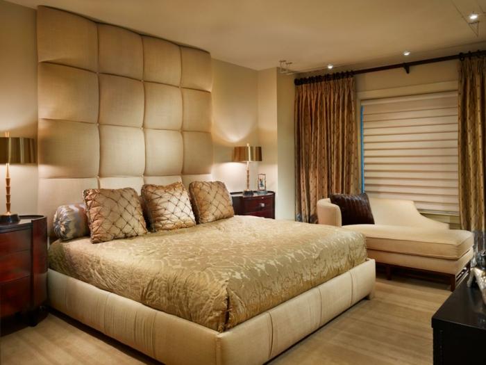 schlafzimmer einrichten stilvoller schlafbereich in goldnuancen