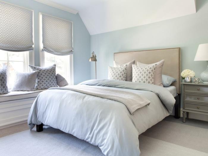 schlafzimmer einrichtungsideen gästeschlafzimmer dekokissen sitzbank fenster