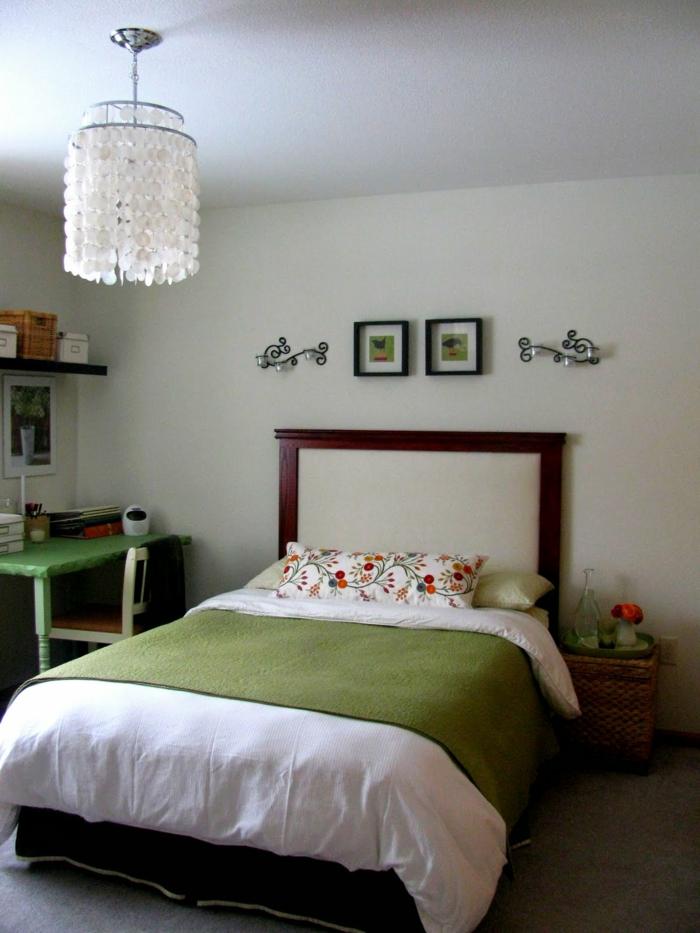 schlafzimmer einrichtungsideen grüne elemente leuchter