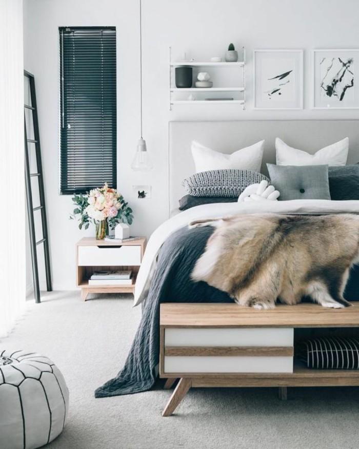 schlafzimmer ideen heller teppichboden hocker und frische blumen