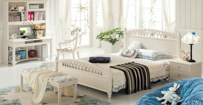 schlafzimmereinrichtung schöne sitzbank teppichmuster blumen