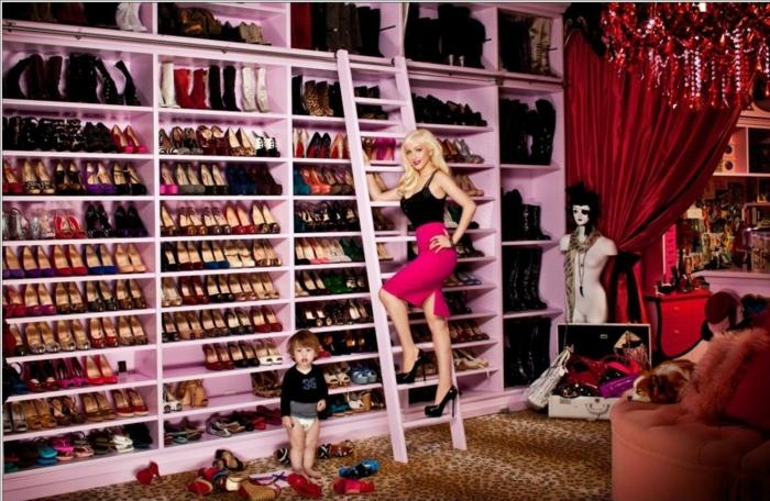 schuhschränke der stars Christina Aguilera