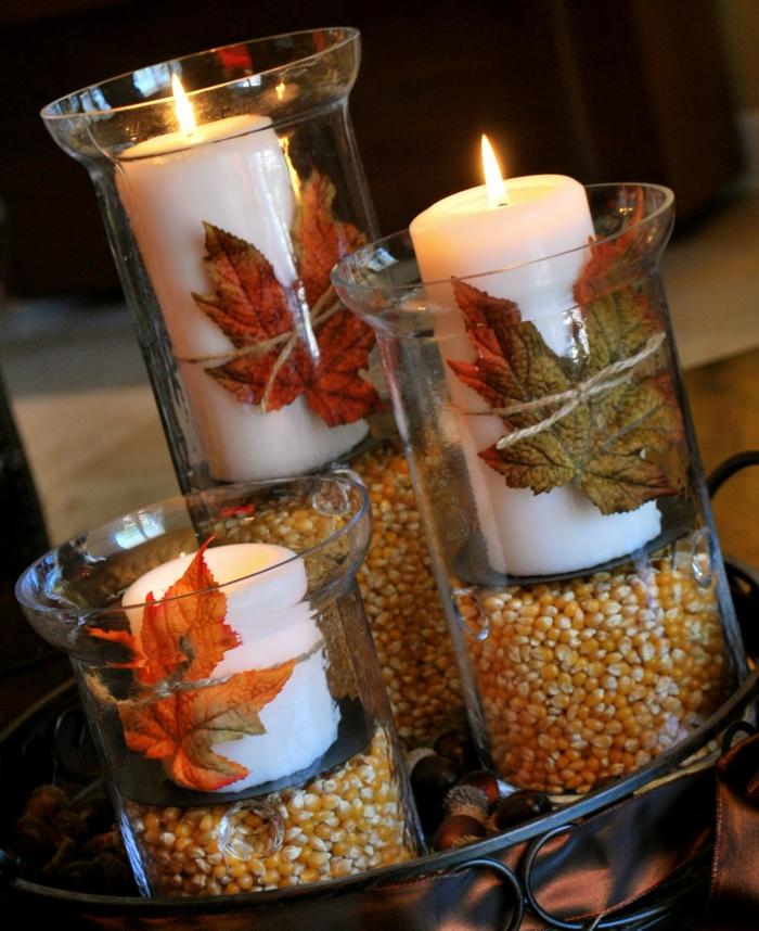 tisch deko esszimmer kerzenständer maiskörner herbstblätter