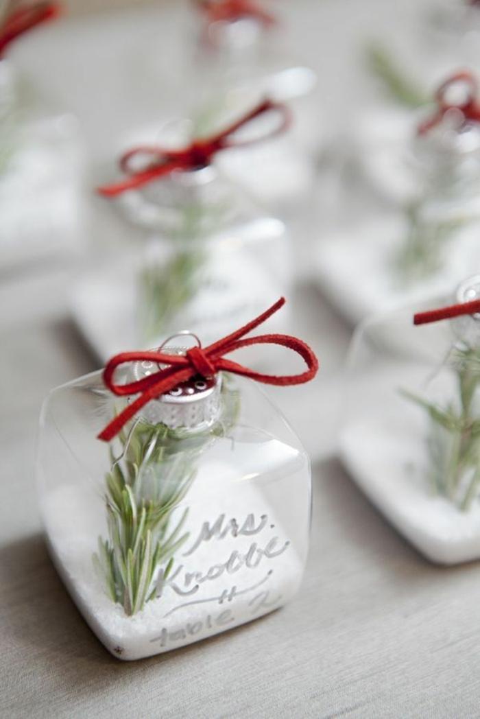 Tischdeko weihnachten ideen  So können Sie originelle weihnachtliche Tischkarten basteln