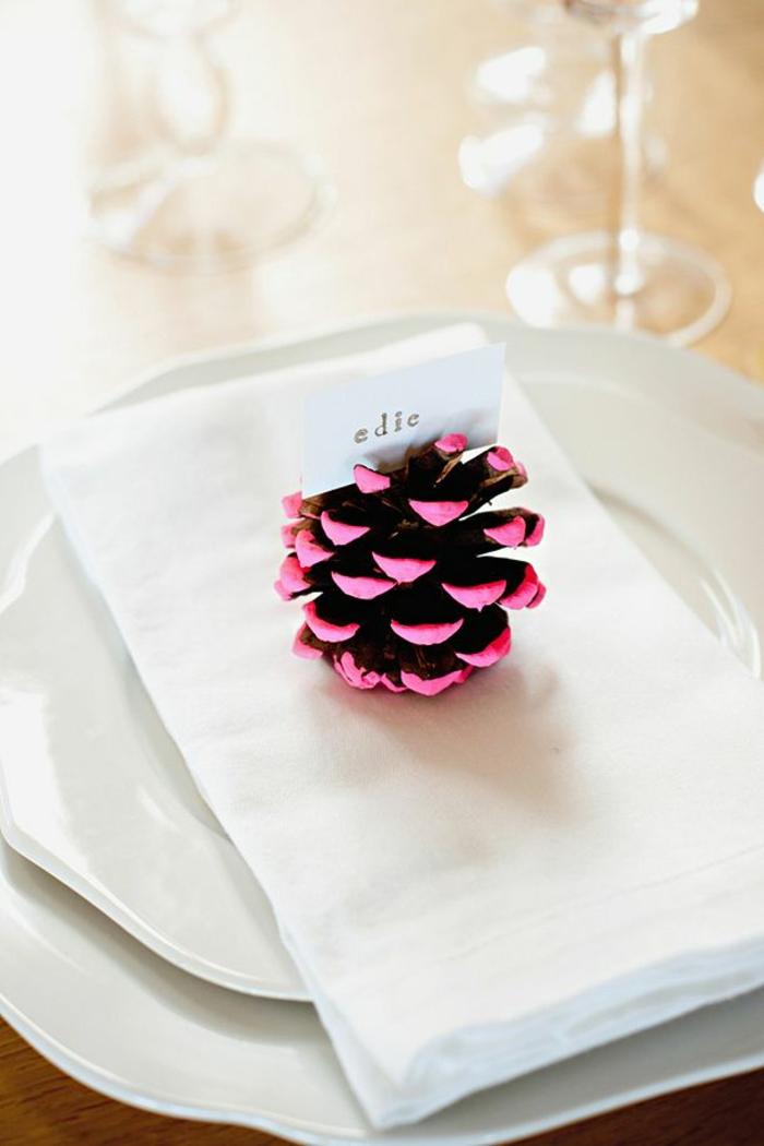 tischkarten basteln weihnachtliche tischdeko mit tannenzapfen