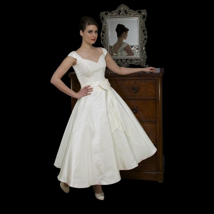 Vintage Brautkleider F 252 R Ihren Ganz Speziellen Tag Im Leben