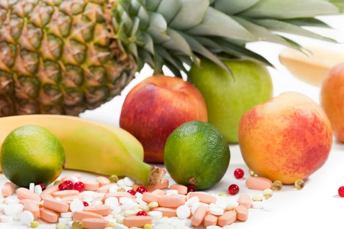 vitamintabletten gesunde ernährung oder tabletten multivitaminen