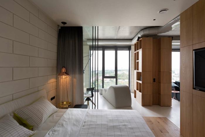 wandfliesen schlafzimmer hölzerne elemente ausgefallener sessel