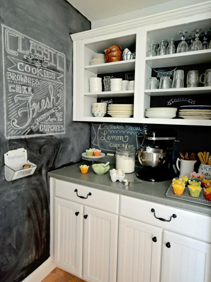 wandtafel küche weiße küchenschränke offene regale