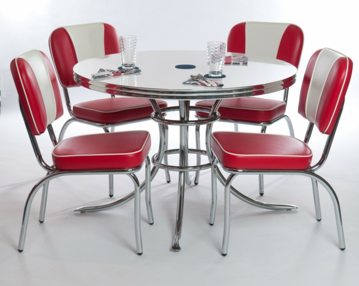 wohnideen küche küchenmöbel rote retro stühle