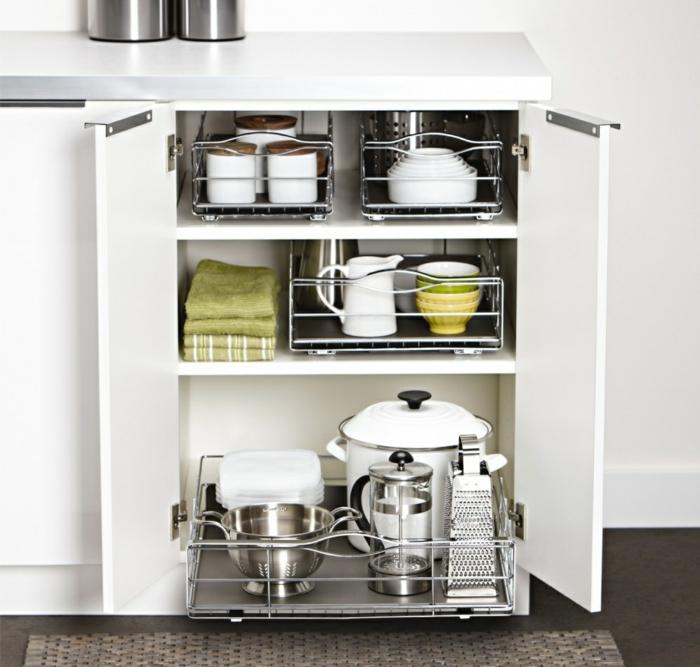 praktische wohnideen küche - mehr lagerraum schaffen, Kuchen deko