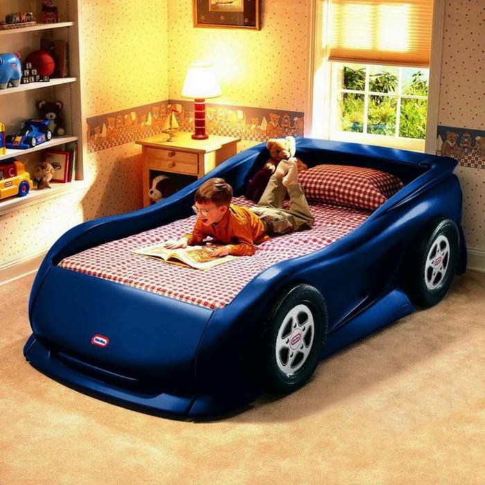 wohnideen kinderzimmer autobett jungenzimmer gestalten wandtapete