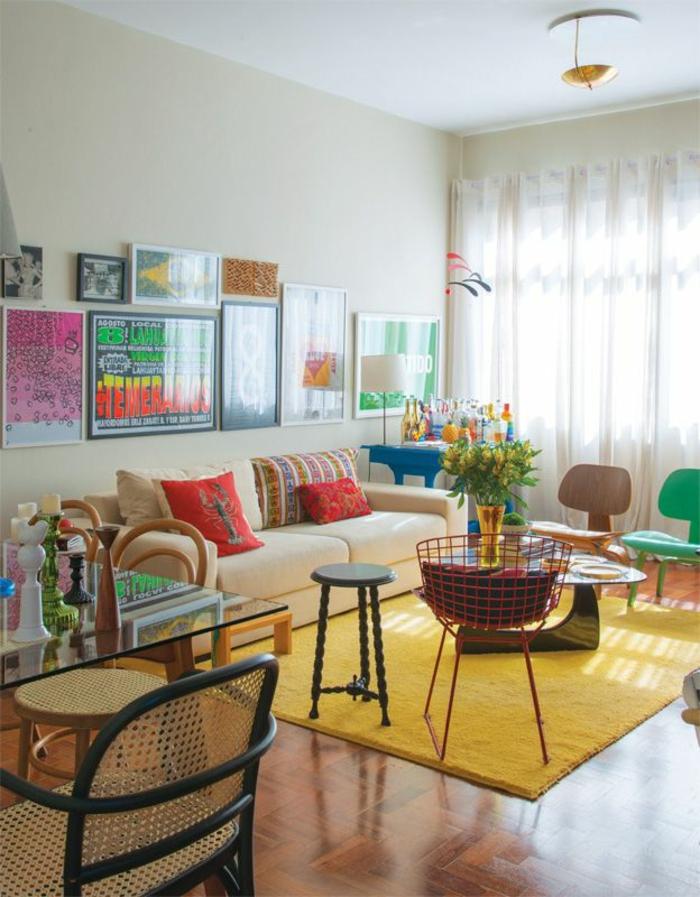 wohnzimmer einrichten tipps bodenbelag gelber teppich möbel