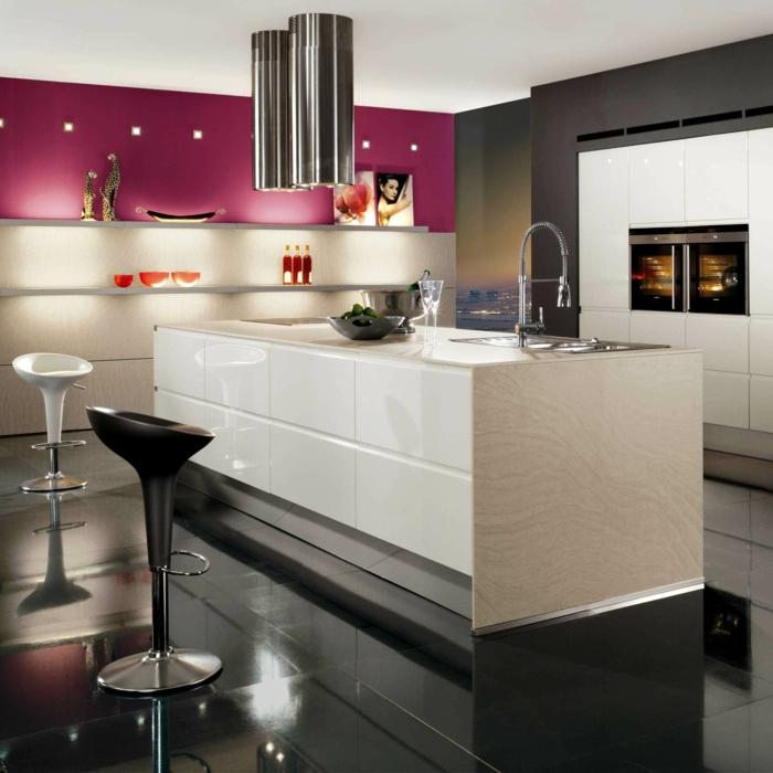 zimmer einrichten beleuchten küche dunkler boden weiße kücheninsel
