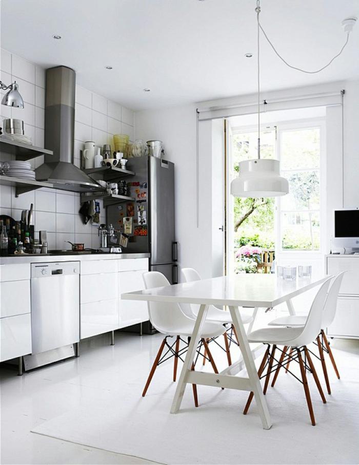 zimmergestaltung küche weißer teppich möbel