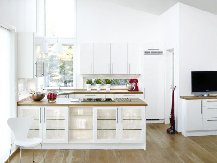 zimmergestaltung weiße wandfarbe küche funktionale kücheninsel