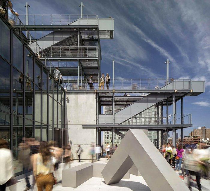 Architektin über whitney museum NY windig