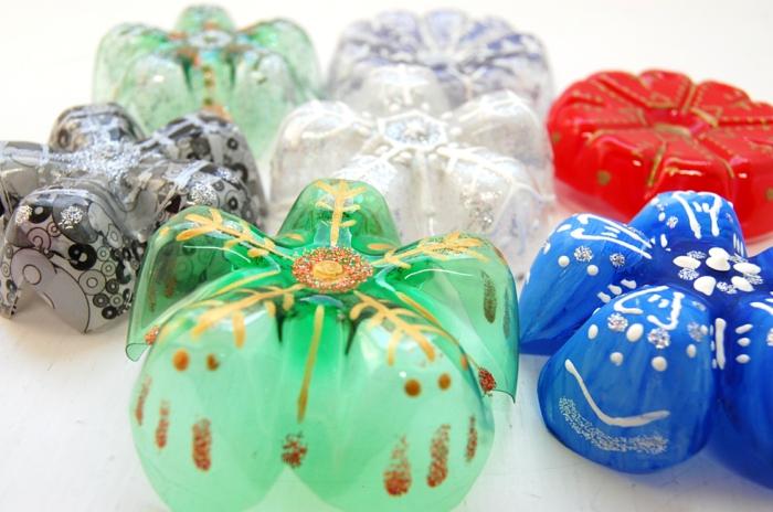 Upcycling Ideen Basteln mit Pet Flaschen blumen deko