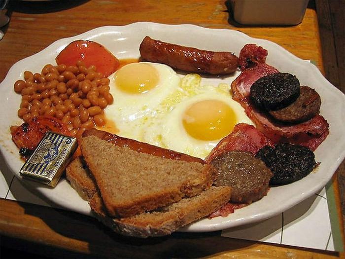 Frühstücksideen britisch Frühstück im Bett