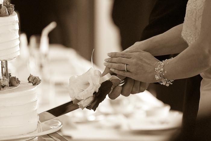 Hochzeit planen brauch torte