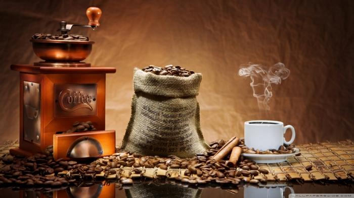 Kaffeemühle stock