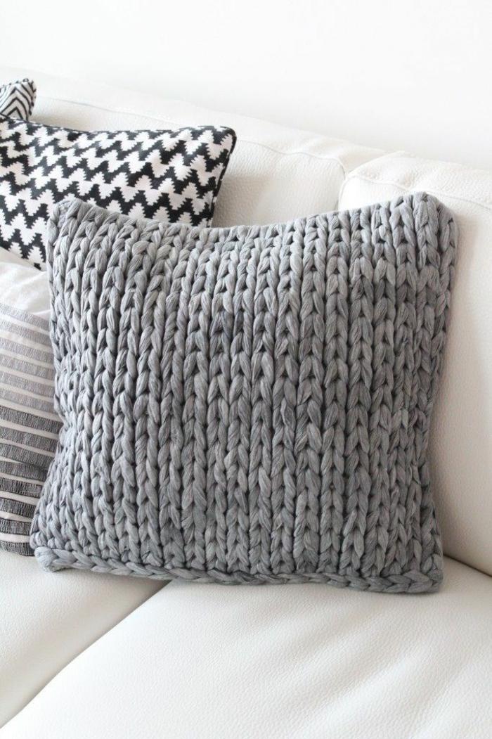 sofakissen selber n hen sch pfen sie inspiration aus. Black Bedroom Furniture Sets. Home Design Ideas