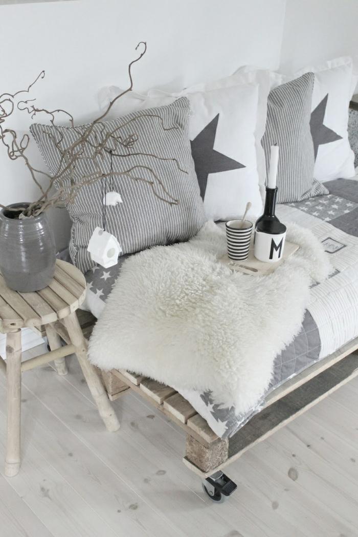 sofakissen selber n hen sch pfen sie inspiration aus unseren beispielen. Black Bedroom Furniture Sets. Home Design Ideas