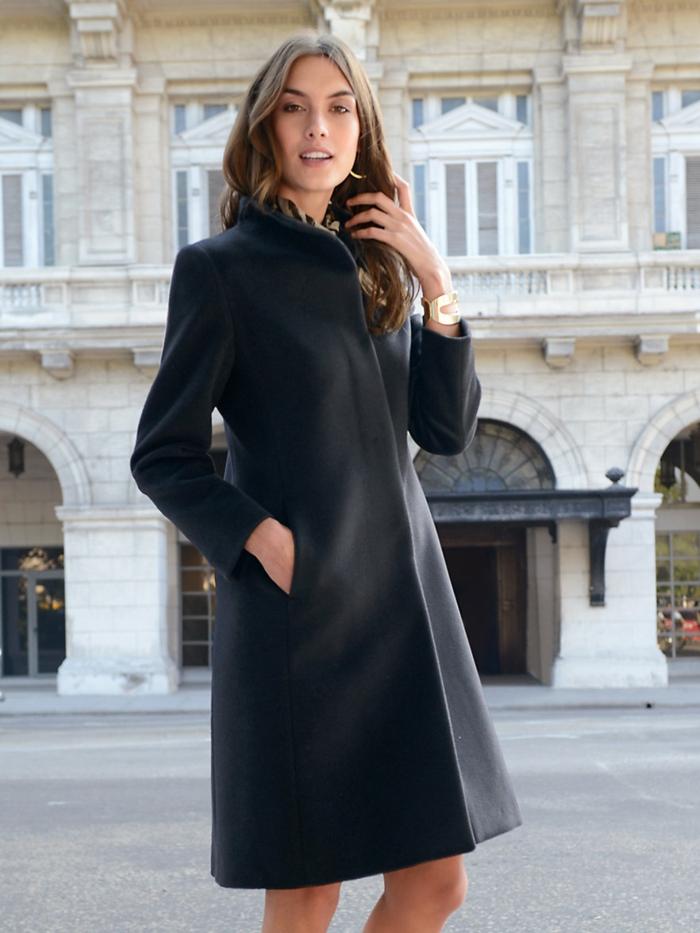 aktuelle modetrends damenmode wintermode mantel