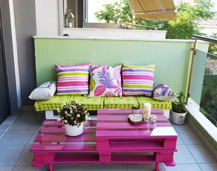 tolle balkon dekoideen die gerade richtig ankommen. Black Bedroom Furniture Sets. Home Design Ideas
