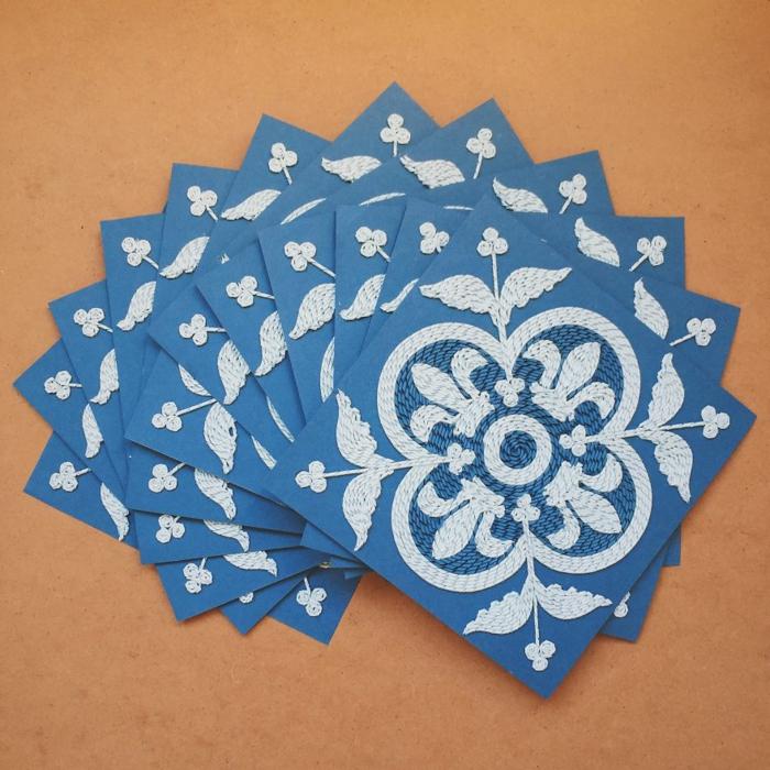 basteln mit papierstreifen Gunjan Aylawadi hak blumen aus papier