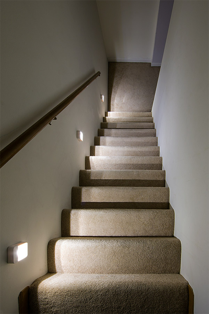Licht Im Treppenhaus beleuchtung treppenhaus lässt die treppe unglaublich schön erscheinen