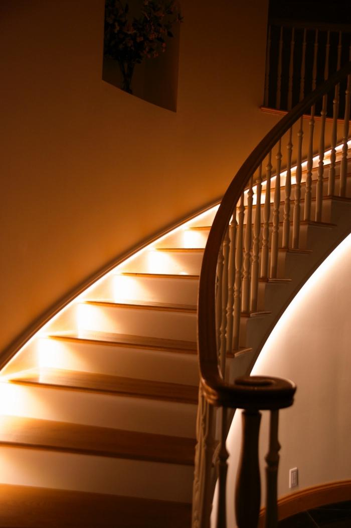 wandleuchte led f r treppenhaus inspirierendes design f r wohnm bel. Black Bedroom Furniture Sets. Home Design Ideas