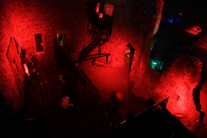 burg frankenstein feiern sie halloween 2015. Black Bedroom Furniture Sets. Home Design Ideas