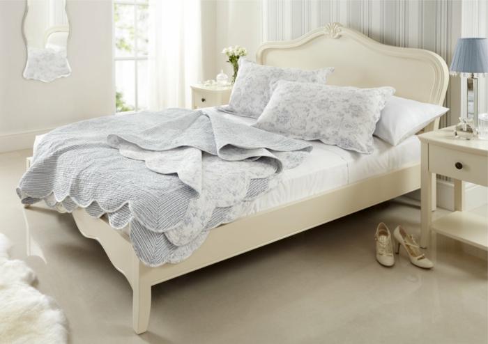 design betten weißbliches schlafzimmer wandspiegel schöne bettwäsche