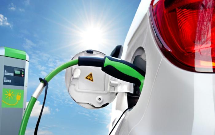elektroauto ladestation sonnenenergie