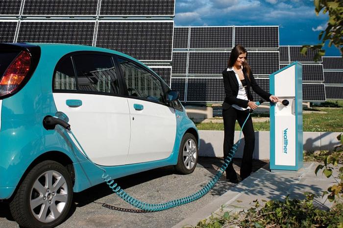 elektroauto strom solaranlagen umweltfreundlich