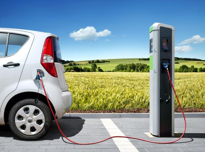 elektroauto strom sonnenenergie erneuerbare energiequellen