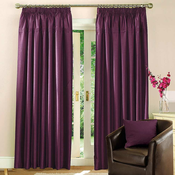gardinen selber nähen blickdicht lila ledersofa