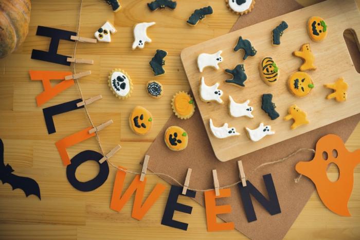 halloween ideen farben gebäck girlande dekoideen