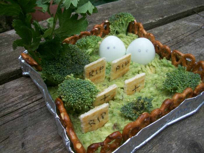halloween rezepte vegan friedhof brokkoli guacamole