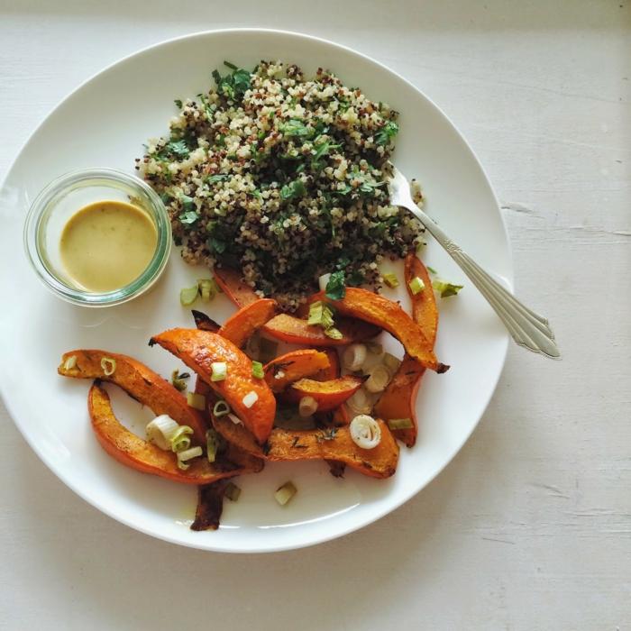 hokkaido kürbis frittiert quinoa beilage