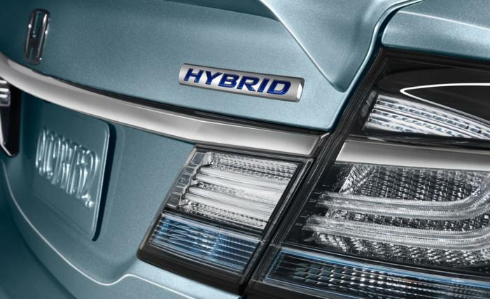 hybridauto zukunftsorientiert sparsam