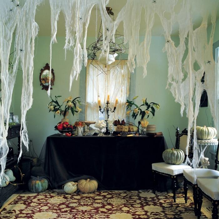 ideen f r halloween organisieren sie eine spannende. Black Bedroom Furniture Sets. Home Design Ideas