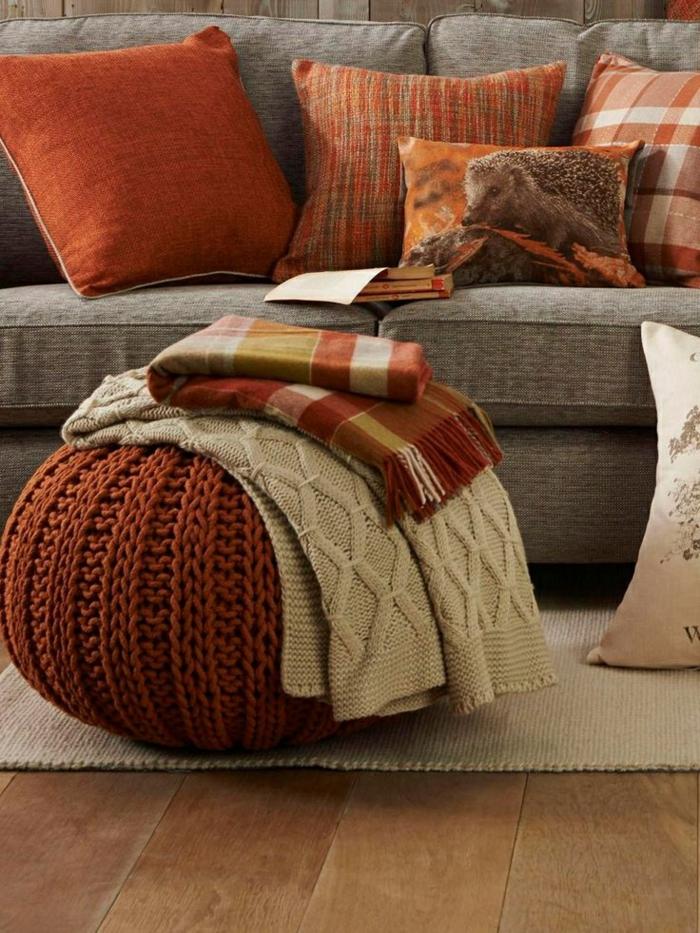 innendesign herbst beige braun weiche textilien
